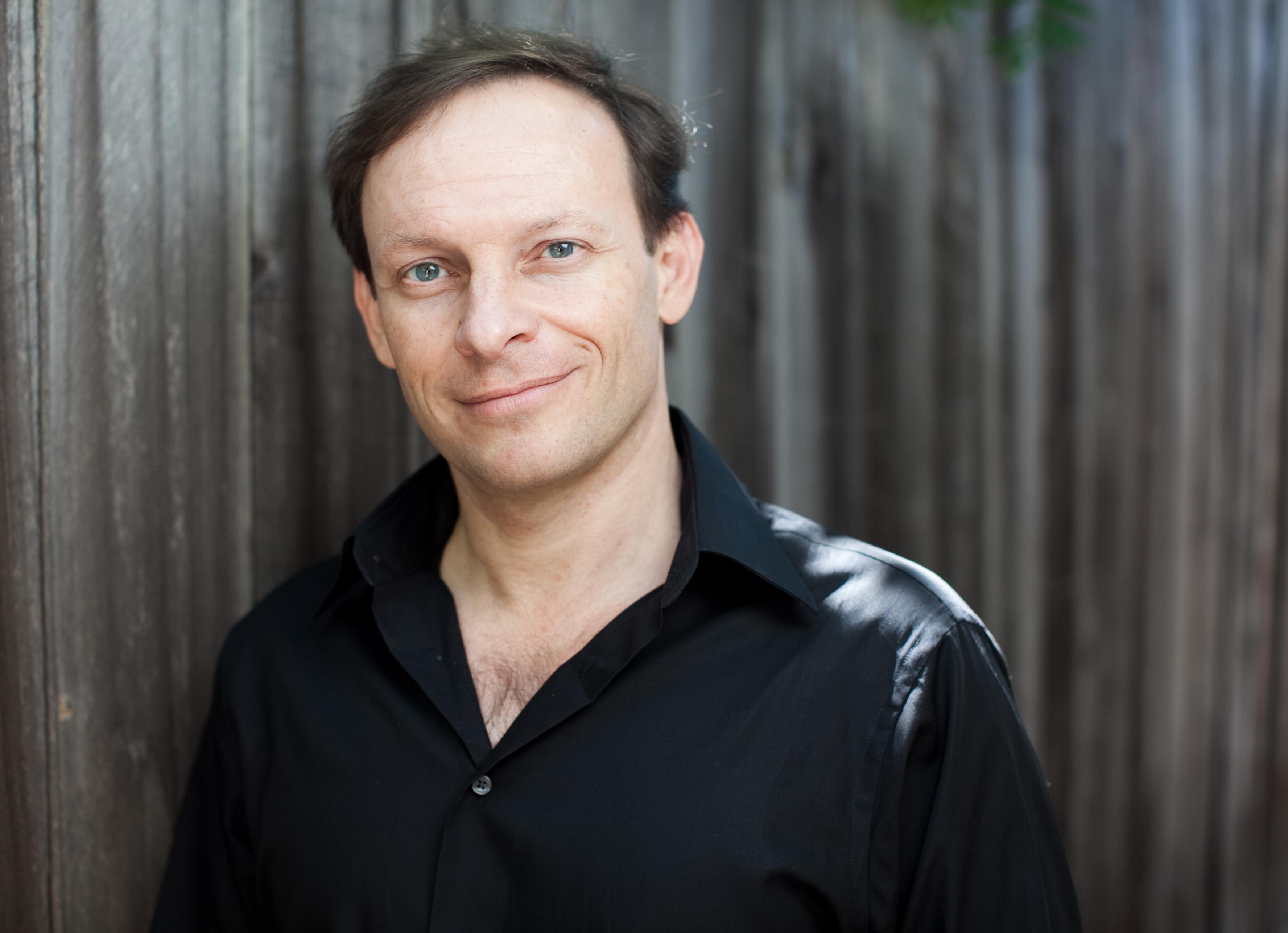 Artistic Director, Martín Benvenuto